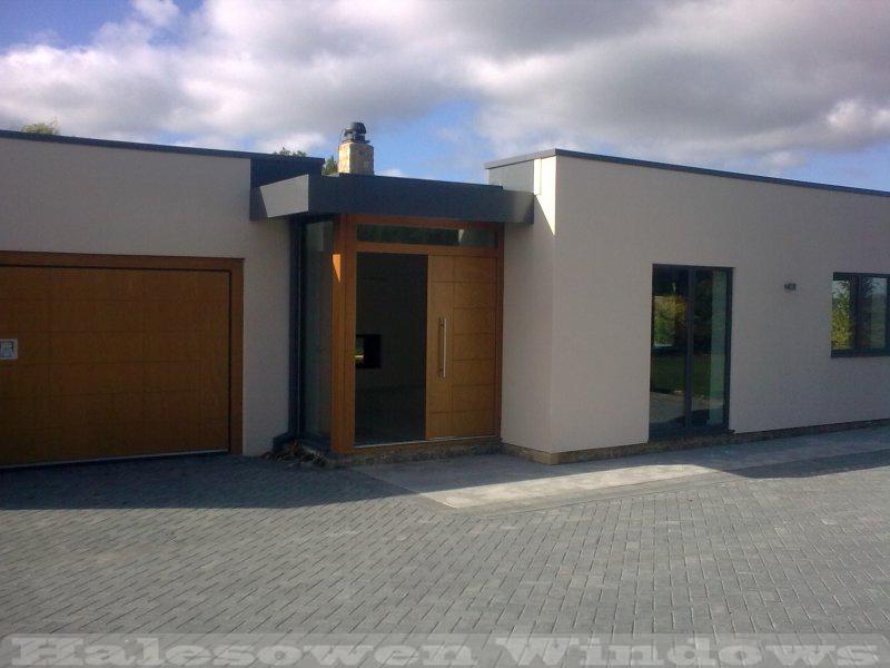Cotswold-Front-Bi-Fold-Doors-Halesowen-Windows-Portfolio